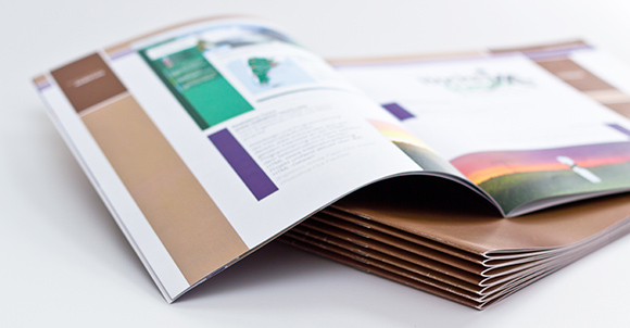 カタログなど印刷物のデータを作成